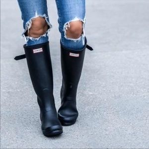 Hunter boots sz 6 black gloss